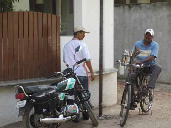 Mobiler Messer- und Scherenschleifer - Schleifstein wird durch Fahrradpedale angetrieben!