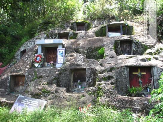 Höhlengräber der Toraja