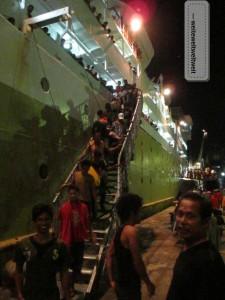 Ankunft auf Sulawesi 13 Stunden später.