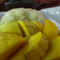 Sweet Thai Sticky Rice and Mango